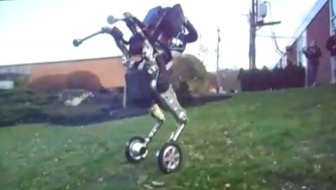 Boston Dynamics Introduces a Pretty Scary Robot