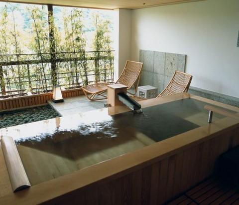 The Comforting Designs of Japanese Sunken Baths