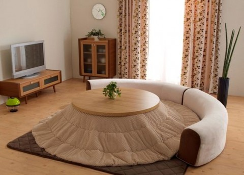 Japanese Kotatsu Sofas: The Epitome of Cold Winter Comfort